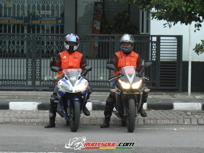 R15 vs CBR 150R rudysoul.com