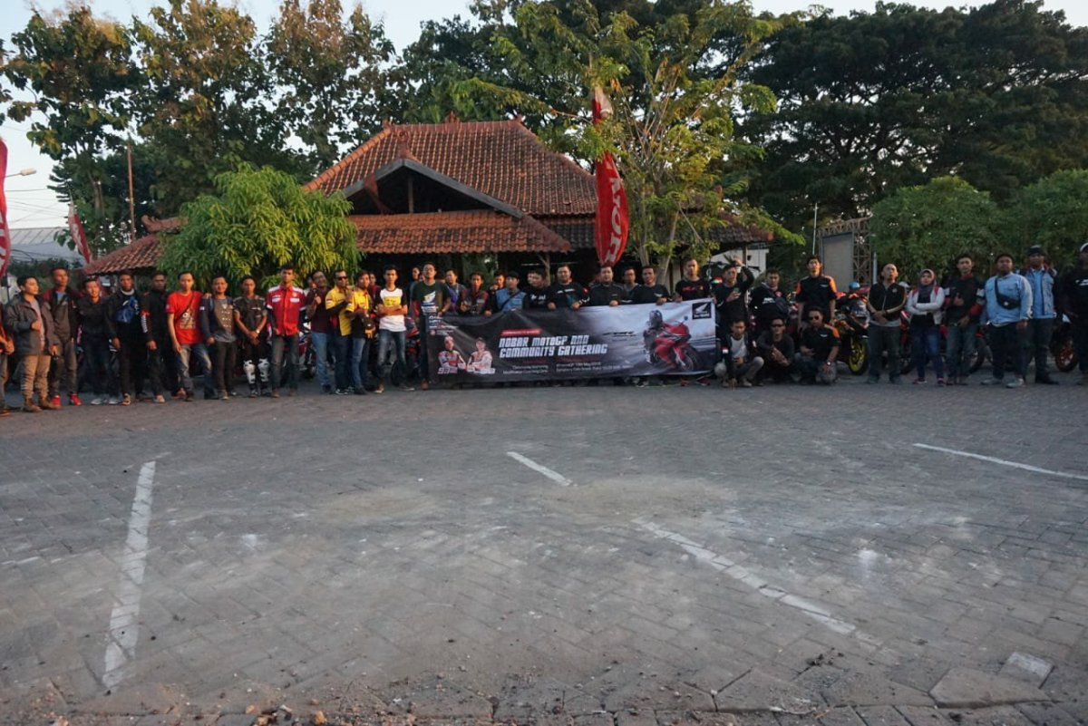 "Nonton Balap MotoGP Bareng 200 Anggota Komunitas Honda Jatim"""